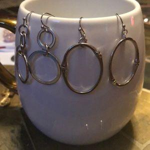 Jewelry - Endless open circle dangle earrings
